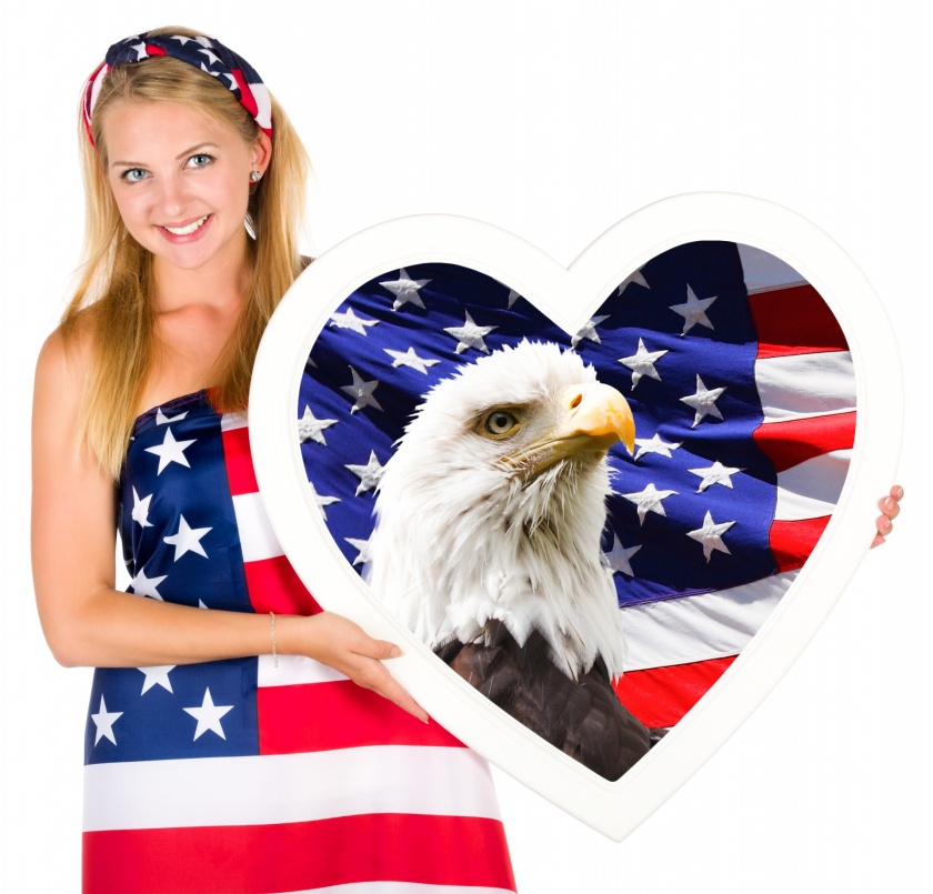 independence-day-woman-1489430434XdJ